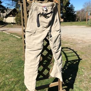 Men's NorthFace Cargo Convertible Hiking Pants